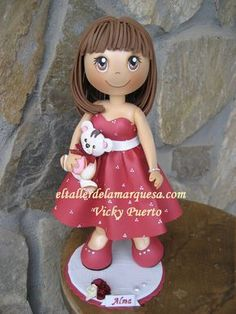 fofucha-vestido-rojo Cute Polymer Clay, Polymer Clay Dolls, Polymer Clay Creations, Foam Crafts, Diy And Crafts, Crafts For Kids, Pen Toppers, Doll Face Paint, Kool Kids
