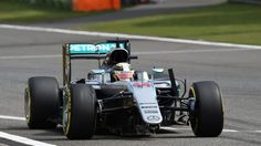 Lewis Hamilton (GBR) Mercedes-Benz F1 W07 Hybrid with broken front wing on lap one at Formula One World Championship, Rd3, Chinese Grand Prix, Race, Shanghai, China, Sunday 17 April 2016. © Sutton Motorsport Images