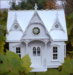 orchid dollhouse | Three Blind Mice Cottage - The White Orchid - Gallery - The Greenleaf ...