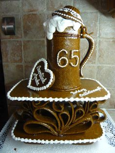 Stein of Beer ~ Gingerbread House Cake, Cute Cookies, Gingerbread Houses, Bird Cage, Beer, 3d, Christmas, Ideas, Sweets