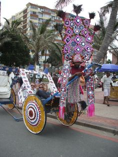 A Rickshaw boy entertaining tourists in Durban All About Africa, Out Of Africa, Durban South Africa, Kwazulu Natal, Pretoria, African Culture, Canteen, My Land, Afrikaans