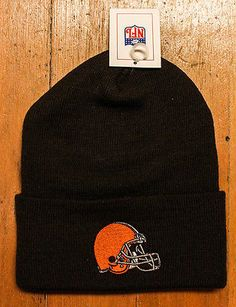 Vintage NFL Cleveland Ohio Browns football player rad winter beanie hat cap