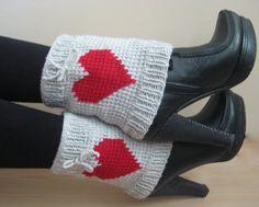 Hand-knitted women leg warmers patterned heart by formalhouse