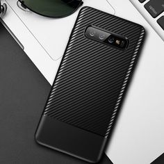 KarbonCover für Samsung galaxy S10  Price: 16.15 CHF & FREE Shipping  #ischmittrepair Samsung Cases, Samsung Galaxy, Phone Cover, Carbon Fiber, Galaxies, Chf, Iphone, Free Shipping