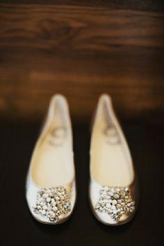 www.weddbook.com everything about wedding ♥ Fashionable and Comfortable Wedding Shoes | Rahat Gelin Babetleri #silver