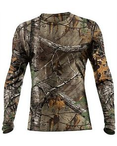 5e28a8e431f7c The Icebreaker Ika Long Sleeve Men's top is the premium top you need to  keep the