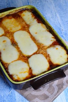 Vinete parmigiana - CAIETUL CU RETETE Beef Bourguignon, Romanian Food, Main Meals, Cookie Recipes, Meal Prep, Deserts, Good Food, Food And Drink, Veggies