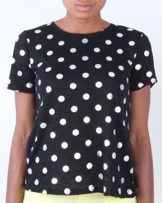 Don't we just love polka dots? https://www.jumia.com.ng/daphnea-polkadot-round-neck-t-shirt-black-224159.html