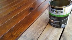 Sikkens deck stain is a beautiful oil based stain, one of my favorites… Cool Deck, Diy Deck, Deck Refinishing, Deck Cooler, Deck Stain Colors, Privacy Screen Deck, White Deck, Oil Based Stain, Deck Posts
