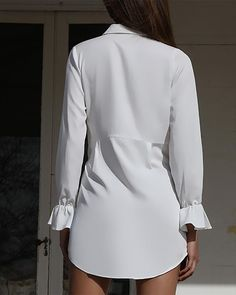 Shop Solid Knotted Front Shirt Dress right now, get great deals at joyshoetique Trend Fashion, Autumn Fashion, Fashion Design, Fashion Styles, Chic Outfits, Fashion Outfits, Classy Women, White Fashion, The Dress