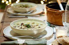 Champignonsoep met gebakken shiitakes en spinaziepesto