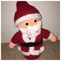 Made with marriner dk (acrylic)  Santa is looking forward to Christmas. Hell look great on the mantlepiece, or under the Christmas Tree ready for…