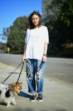 via STOP IT RIGHT NOW - this girl's style is effortless & perfect at the same time