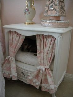 Vintage old nightstand or end table repurposed into pet dog cat bed house. - Vintage old nightstand or end table repurposed into pet dog cat bed house. simply add curtains and - Dog Furniture, Repurposed Furniture, Furniture Dolly, Furniture Design, Diy Pour Chien, Diy Dog Bed, Animal Projects, Pet Beds, Doggie Beds