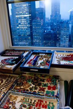 More Jewels + the city - Oscar de la Renta PreFall 2013