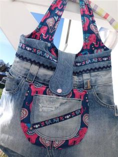I like the denim added to the top. Amo Jeans, Love Jeans, Jeans Denim, Denim Bag, Denim Outfit, Jean Purses, Denim Handbags, Diy Bags Purses, Jean Crafts