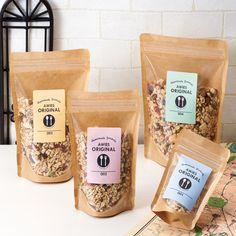 �ャック付グラノーラ クラフト�ラベルテンプレート】 Packaging Snack, Organic Packaging, Pouch Packaging, Bakery Packaging, Food Packaging Design, Packaging Design Inspiration, Brand Packaging, Café Bistro, Food Design