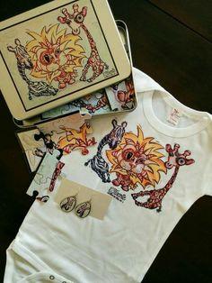 Super Trio Jungle! Casse-tête, cache-couche et boucles d'oreilles pour maman! Contactez C.TurcotteDesign via Facebook, ou commandez directement sur la boutique en ligne au cturcotte.com