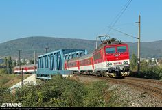 Net Photo: ZSSK 362 SKODA at Bratislava, Slovakia by Juraj Streber - www. Old Steam Train, Bratislava, Trains, Old Things, Image, Europe, Getting To Know, Levitate, Train
