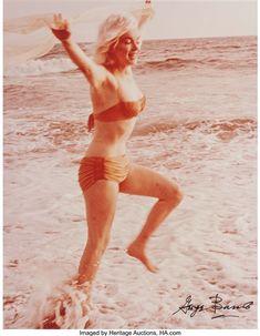 George Barris - Marilyn Monroe; Creation Date: 1962; Medium: Dye coupler print; Dimensions: 35.56 X 27.94 cm.