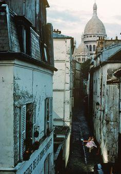 Parisian Walkway.  (1980).