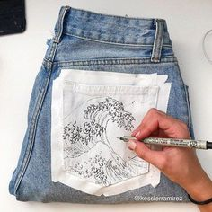 My hand needs a break after drawing. The Great Wave Off Kanag … – - DIY Clothes Sweater Ideen Great Wave Off Kanagawa, Painted Jeans, Painted Clothes, Diy Clothes Paint, Thrift Store Diy Clothes, Thrift Store Fashion, Painted Shorts, Hand Painted, Clothes Crafts