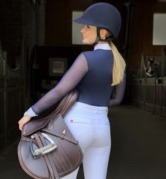 Equestrian Outfits, Equestrian Style, Mädchen In Leggings, Rodeo Girls, Horse Riding Clothes, Riding Breeches, Sport Outfit, English Riding, Clothing Photography