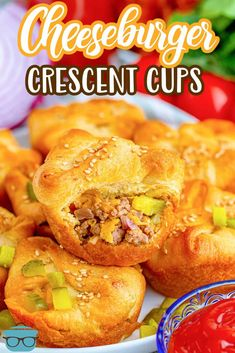 These Easy Cheeseburger Crescent Cups are a huge family favorite! Handheld and perfect for an appetizer or a meal. A fun and flavorful play on the classic burger recipe! Crescent Roll Dough, Crescent Roll Recipes, Crescent Rolls, Fall Recipes, Great Recipes, Favorite Recipes, Cheeseburger Cups, Ground Beef Recipes, Recipes
