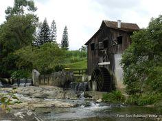 Antigo moinho D água ainda em funcionamento, Bairro da Velha- Blumenau_SC_