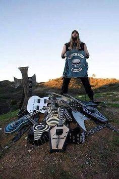 Music Guitar, Cool Guitar, Hard Rock, Black Label Society, Best Guitar Players, Zakk Wylde, Guitar Collection, Heavy Metal Music, Live Rock