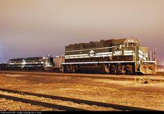RailPictures.Net Photo: PAL 3807 Paducah & Louisville Railroad EMD GP38-2 at Louisville, Kentucky by JL Scott