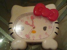 Hello Kitty Wall Clock | eBay