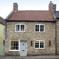 Exterior   Stone cottage in Somerset   House tour   PHOTO GALLERY   25 Beautiful Homes   Housetohome.co.uk