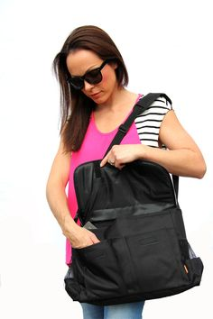 This stunning Nappy Bag blends exotic glamour and practical necessity.  www.babybuydirect.com.au