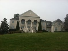 House in Tennessee that's gorgeous!!