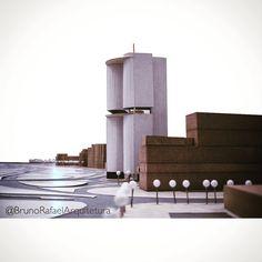 Maquete para estudo de torre bioclimática no centro da cidade do Rio de Janeiro. Projeto não executado. #arquitetura #architecture #maquete #design #torre #edificio #estudo #projeto #errejota #CentroDoRio #RJ #Rio #instaRio #instaarch #instaArquitetura #RioDeJaneiro #cidademaravilhosa #BrunoRafaelArquitetura