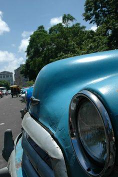 Cuba parking #car #cars #auto #old #vintage #parking #parkingsplace #place #cuba #havana #cubahavana #lahabana #cubalahabana #usa #travel