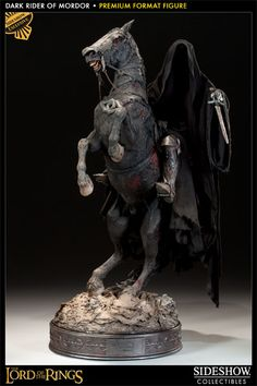 Sideshow Collectibles - Dark Rider of Mordor Premium Format Figure