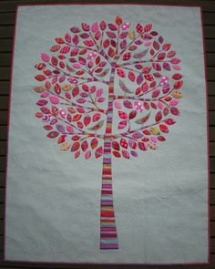 amazing... my future kid will have a family tree quilt... or so I intend on making.