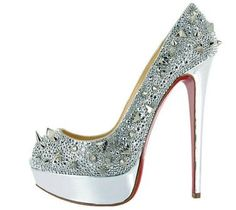 chaussures de luxe louboutin