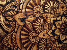 Obras de arte originales: Madera rústica quemado Mandala