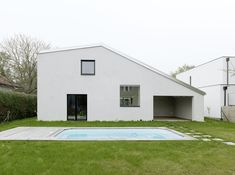 Image 2 of 9 from gallery of Low Budget Brick House / Triendl und fessler architekten. Photograph by Ditz Fejer Amazing Architecture, Architecture Design, Hall In Tirol, Timber Door, Villa, Ground Floor Plan, Building Materials, Budgeting, House Plans