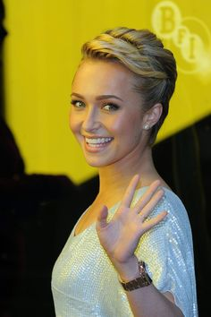 Short Hairstyles Lookbook: Hayden Panettiere wearing Short Wavy Cut (1 of 17). Hayden showed off her sleek wavy cut, while attending the screening of 'Alpha and Omega'.