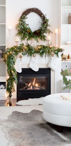 Here are 100 Best Christmas Mantel Decorations. Take inspiration for the perfect Christmas Fireplace decor, that include various themes & traditional styles Diy Christmas Fireplace, Christmas Mantels, Cozy Christmas, Rustic Christmas, Fireplace Ideas, Victorian Christmas, Christmas Fireplace Decorations, Christmas Trees, Vintage Christmas