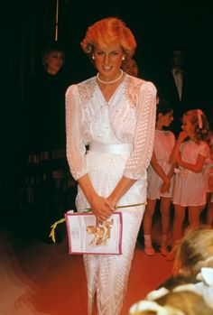 Princess Diana's Style Evolution in 25 Looks - Vogue
