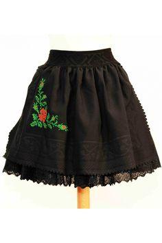Fusta mini din batic traditional embosat si cu broderie florala.  Masuri: S / M / L  Disponibila la comanda.  Tabel masuri ***Prodisele realizate cu masuri speciale implica costuri suplimentare.  Gasiti mai jos tabelul cu corespondenta masurilor in centimetri:      masura   S   M   L   XL     bust (cm)   86   90   94   98     talie ... Lace Skirt, Trending Outfits, Unique Jewelry, Floral, Skirts, How To Wear, Clothes, Vintage, Etsy