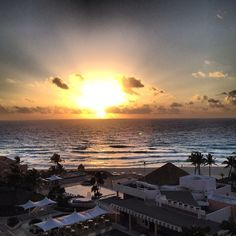 @georgeeconomopolis's photo: Good Morning Cancun #view #sunrise #vacation #mexico #cancun #omnihotels #resort #omniescape