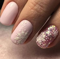 Super cute winter nail manicure #nails #manicure #nailart #winternails #affiliate
