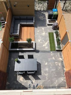 Awesome 50 Fresh Modern Backyard Landscaping Ideas #modernyardawesome #BackYard #FirePit #LancapingIdeas #YardDesign