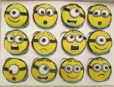 Despicable Me Minions cupcakes Minion Birthday, Minion Party, Birthday Treats, Birthday Cakes, Geek Birthday, Birthday Boys, Minion Cupcakes, Cupcake Cakes, Minion Cookies
